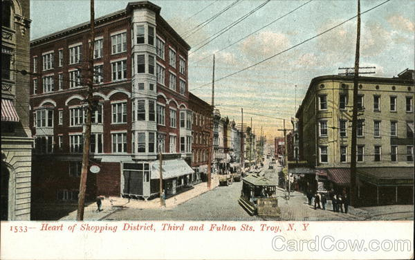 Heart of SHopping District, Third and Fulton Streets